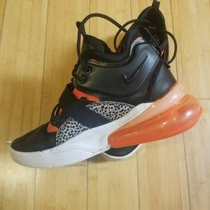 Nike Shoes - Nike Air force 270 Safari